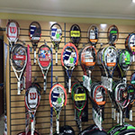 Equipamiento, muebles tienda de tenis